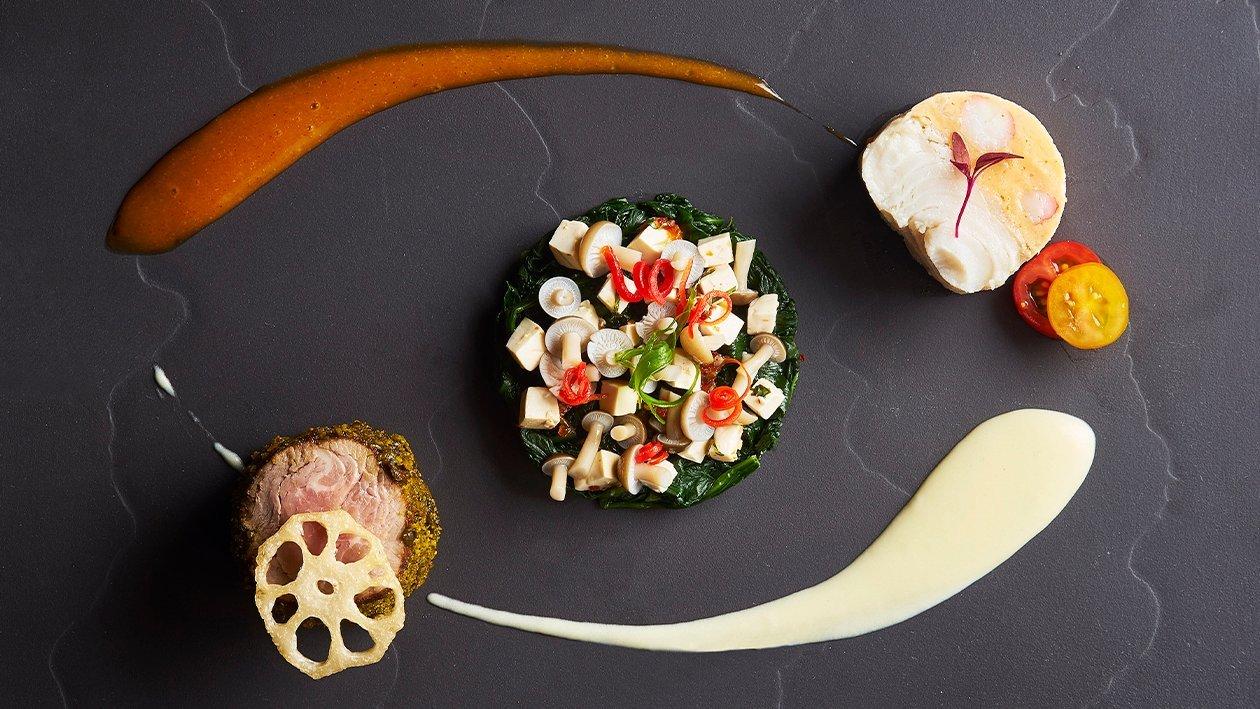 慢炖大比目鱼和龙虾慕斯及泰式酸辣汁烤澳洲牛排